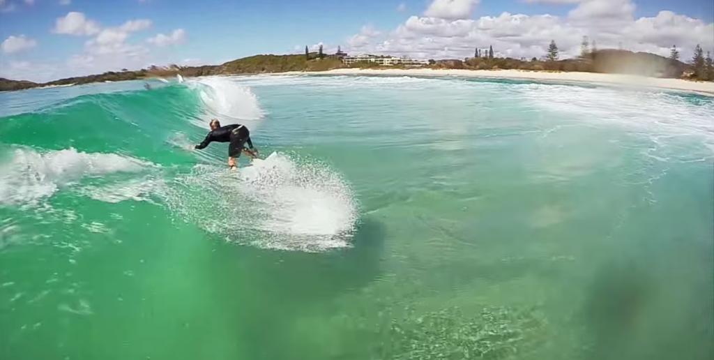 バーレーヘッズ(ノースバレー)キレイすぎる海のサーフィンを擬似体験