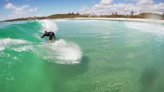 【動画】オーストラリアバーレーヘッズ(ノースバレー)エメラルドグリーンでのサーフィンを擬似体験