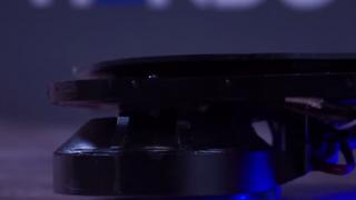 【動画】バックトゥーザフィーチャーを思い出させる、磁力で制御する宙に浮くスケボー