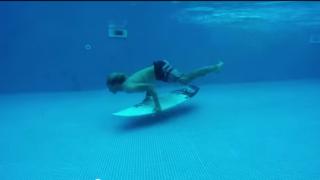 【動画】大波に挑む時にマスターしたい!ジョンジョン・フローレンス必見ドルフィンスルー