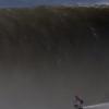 【動画】Brad Domke(ブラッド・ドンケ)スキムボードでプエルト・エスコンデュードの大波に乗る。