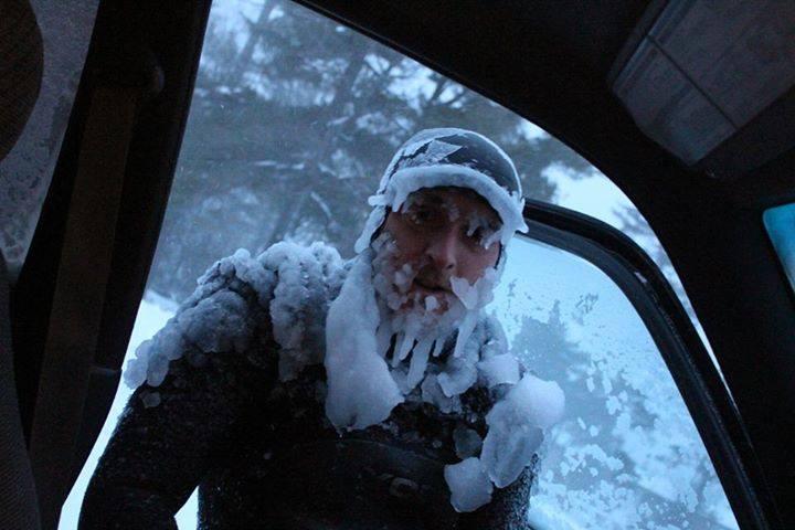 ウィスコンシン州のサーファー極寒中の中の2時間のサーフィン画像1