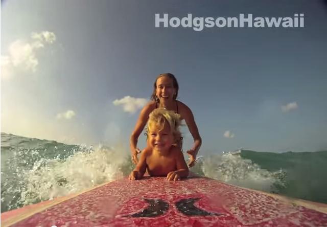 赤ちゃんとサーフィン