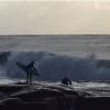 【動画】危険!岩場から入水予定・・・からのハプニング、Mick Corbett(ミック・コービット)とSean Thompson(ショーン・タームソン)