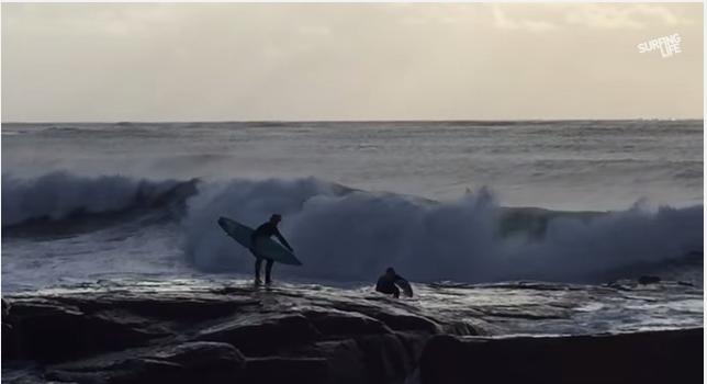 危険!岩場から入水予定・・・からのハプニング、Mick Corbett(ミック・コービット)とSean Thompson(ショーン・タームソン)