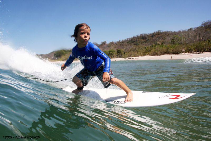 わずか11歳のKyllian Guerin(キリアン・グエリン)のサーフィンテクニックがすごい!!