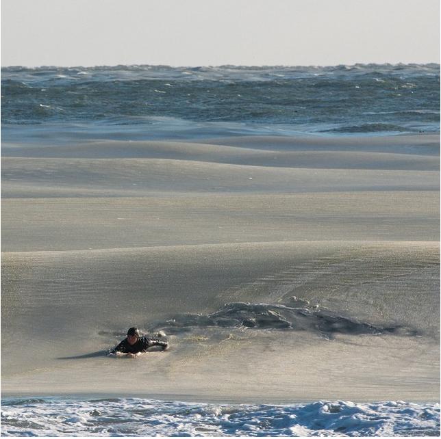 フローズンサーフィン?海が凍る?寒波でのサーフィン1
