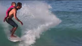 【動画】Cory Lopez(コーリー·ロペス)と子供とのかわいいサーフセッション