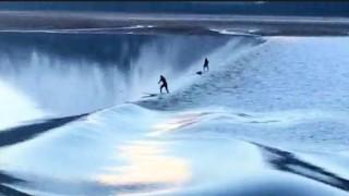 【動画】パドルボード(SUP)でTurnagain Arm(ターンアゲン・アーム)湖にて起こるロングライド動画