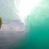 【動画】エメラルドグリーンのチューブをくぐるNathan Behl(ネーサン・ベル)インドネシアのKanduiResort