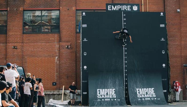 死の壁スケートコンテスト15フィートのジャンプ!philipedulude(フィリペダリュード)