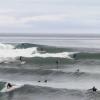 【動画】カルフォルニアの波、複数の波に同時にライディングしていく
