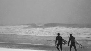 【動画】寒波があった、南カリフォルニアのサーフィンの様子