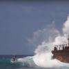 【動画】二本立てRIP CURLライダーがインド洋の島々を攻める