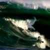 【動画】サーフィンを始めようとしている方に、サーフィンはルールを守らないと危ないと解る動画