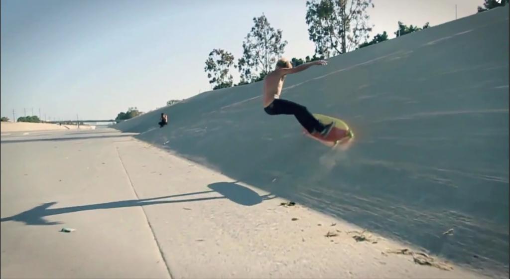 陸トレ!カルフォルニアのスケートボードHamboard(ハンボード)の動画