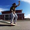 【動画】ロングスケートボードの裸足のダンスは最高の気分!!!!