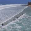 【動画】ビーチからみんな一斉にGO!バックウォッシュをうまく使って、アウトまで!
