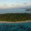 【動画】モルディブの南環礁マーレでサーフィン