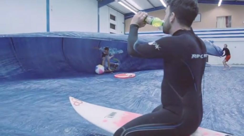 英国スケーターマガジンと飲料メーカーのコラボ動画