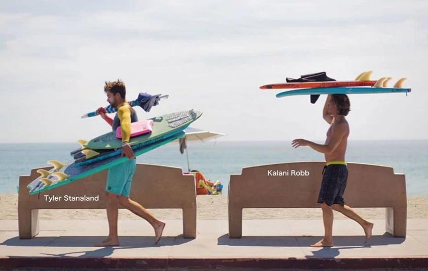 """【動画】ソフトボード""""CATCH SURF""""に乗って遊ぶin!JAPAN"""