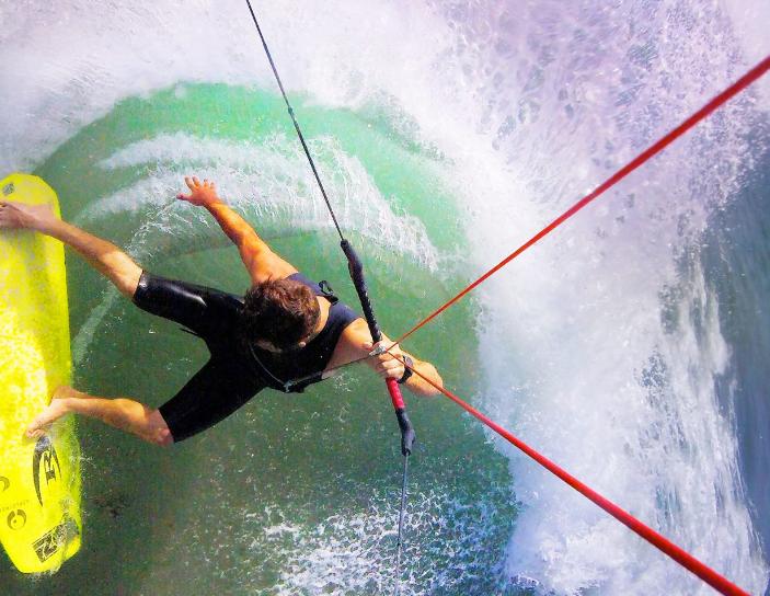 【動画】アグレッシブ!カイトサーフィンの一人称視点