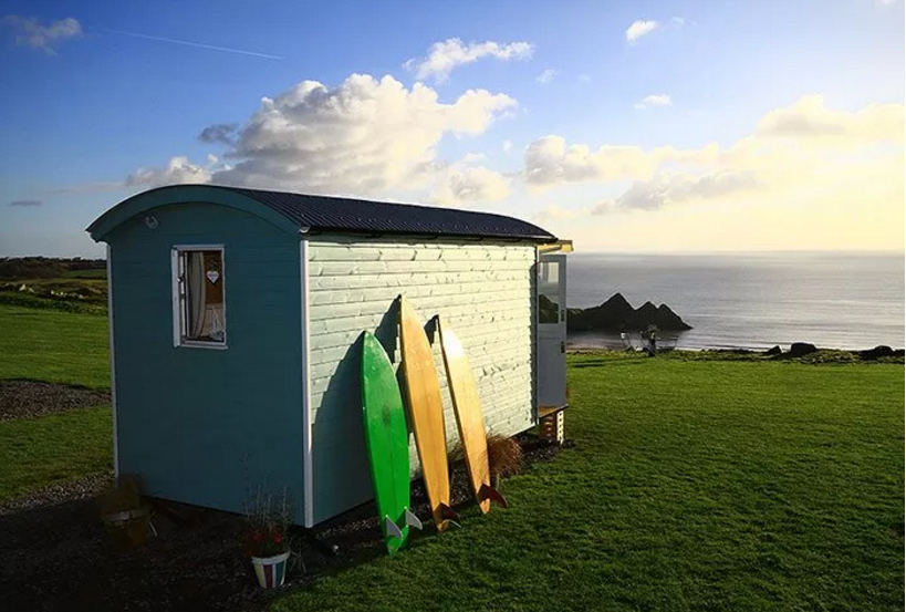 【画像】世界中の20のクールなサーファー小屋_3