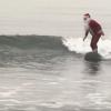 【動画】今年もサンタが波に乗ってやってくる