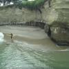 【動画】Anthony Tashnick(アンソニー・タシュニック)の横から波をゲット
