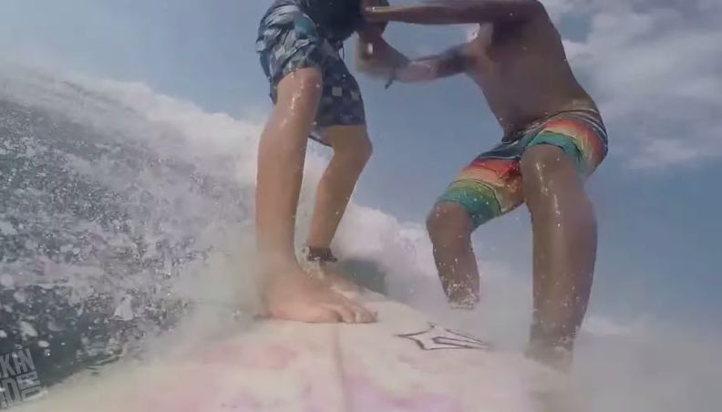 これは痛々しいサーフィンハプニング集