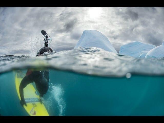 レットブルが送る南極のサーフ映像