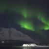 【動画】クリス・バーカード凍て付く海でサーフィンをする喜び