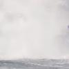 【動画】強烈なバックウォッシュでボディーボーダーが飛ぶ