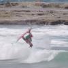 【動画】フリーサーファーが魅せるフリー過ぎるアクション