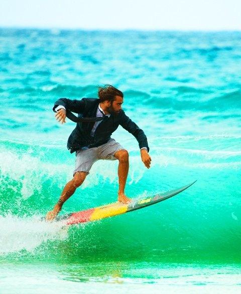 イタリアでサーフィン?極上の波があるのを知っているか?