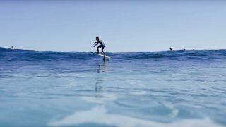 【動画】サーフィンスタイルは進化する?ハイドロサーフボードでサーフ