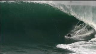 【動画】アイルランドの怪物級の波をライディングする、ビックウェーバーNatxoGonzález