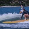 【動画】女性プロサーファーがボートサーフィンで楽しむ