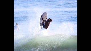 【動画】トリッキーなエアー技ロデオ・フィリップを21歳のサーファーが披露