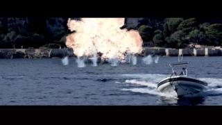 【動画】クイックシルバーのボードショーツのCM、イメージは007